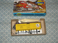 HO ATHEARN,HERITAGE COLLECTION 40' HOLLYWOOD &WESTERN REEFER KIT! ONLY 25.00!