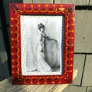 """9"""" x 7"""" Vintage Lacquered Paint Bamboo Frame for 5 x 7"""" Photograph Distressed"""