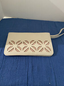 TRADES of HOPE off-white wallet New without Tags