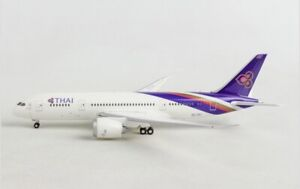 Herpa Wings 1:200 SCALE THAI BOEING 787-8 MODEL | BN | 556958