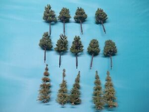 LIONEL TREES AND BUSHES 37 IN ALL