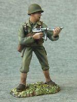 The Old Northwest Co: U.S. infantryman fires a machine WW2,54 mm