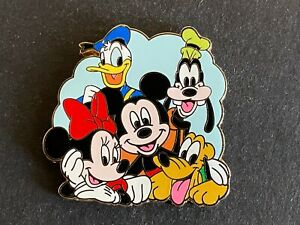 My First Starter Set Featuring the Fab 5 Pin Only Disney 67794