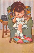 B58868 Girl Filette et telephone dogs Chien child