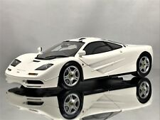 Minichamps McLaren F1 1993 - 1994 Road Car White Diecast Model 1:18
