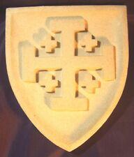 Blason Croix de Jérusalem en pierre reconstituée - Décoration moyen age