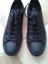 fab black leather Converse size 7 (40) worn once