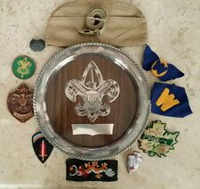 24 RARE VINTAGE BOY SCOUT ITEMS, KNIFE, BELT, BUCKLES, HAT, PATCHES, BOLO TIES!