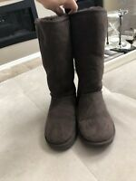 Ugg Tall Boots Classic Brown Size 6 Or 37 S/n 5815 Women's