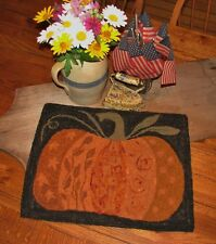 "PRIMITIVE HOOKED RUG PATTERN ON LINEN ""CRAZY DOODLE PUMPKIN"""