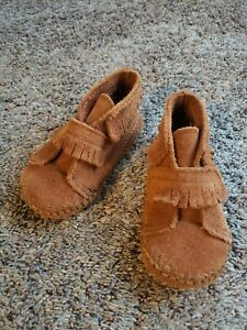 Minnetonka Toddler 6 Genuine Leather Shoes Soft Support Boys Girls Moccasins