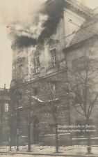 Foto AK Berlin Straßenkämpfe in Berlin Artillerie Volltreffer im Marstall 1928