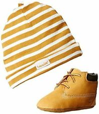 Timberland Crib With Hat Bootie ,Wheat,3 M US Infant