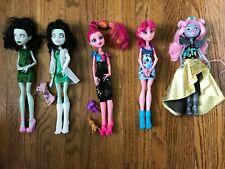 Monster High Dolls Gigi Geek Shriek, 13 wishes Scarah Screams fashion, Mouscedes