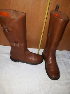 Dr Martins Women boots High Knee In Excellent Condition Size 10 U.K.