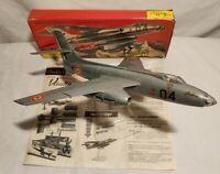 SO 4050 VAUTOUR 03 BOMBARDIER HELLER MAQUETTE 1/50 REF RL429