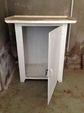 Petit meuble en métal des années 50's à décaper ou à relooker