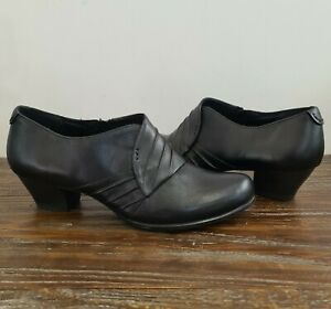 ISABELLA ANSELMI size 40 womens low heel black leather booties boots shootie