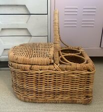 VINTAGE PICNIC WICKER STRAW WOVEN BASKET WITH WINE HOLDER AND LID