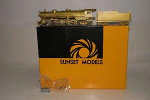 SUNSET MODELS BRASS HO SCALE USRA LIGHT 4-8-2 STEAM LOCOMOTIVE ENGINE, BOXED