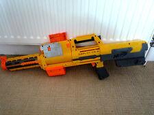 NERF GUN DEPLOY CS- 6 WITH LONG BARREL / LASER SIGHT & CARTRIDGE / FOLDS DOWN