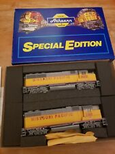 Athearn Special Edition 2203 Missouri Pacific Gp38-2 & Gp50