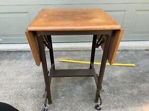 Vintage Wood Top TYPEWRITER TABLE Drop Leaf Metal Rolling Stand Brake