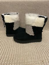 UGG BLACK CLASSIC SHORT PATCHWORK FLUFF SHEEPSKIN BOOTS, US 8