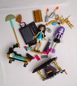 2 Monster High Mega Bloks Dolls