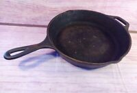 Vintage LODGE 10 Inch Cast Iron Skillet Fry Pan 8SK Heat Ring Pour Spouts USA
