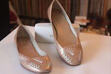 Cole Haan D19005 Beige Gold Threaded Leather Sole Ballet Flats Women's Sz 6 B