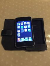 Apple iPod touch 2nd Generation (Late 2008) Black (32GB) Model A1288 Factory Set