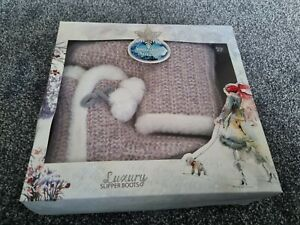 Ladies Luxury Slipper Boots - Size 7/8 - NEW IN BOX