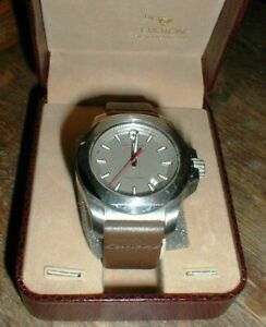 Beautiful Victorinox Genuine Swiss Army I.N.O.X. Men's Wrist Watch 241738