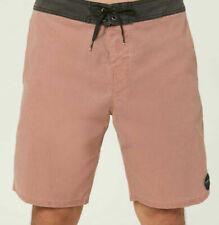 927aaf966f8b Shorts e bermuda da uomo rossi   Acquisti Online su eBay