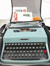 Olivetti/Underwood Lettera 32 - 1967 - Teal with Space Gray Keys - Made in Italy