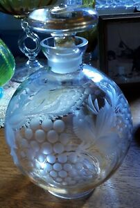 Vintage Pretty Etched Butterscotch Glass Ball Decanter & Stopper Grape Leaf