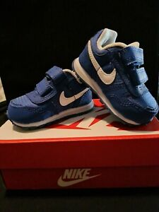 Nike baby boy shoes Size 2c. Never been warn