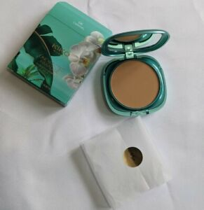 Kiko Unexpected Paradise Powder Foundation 06 Caramel