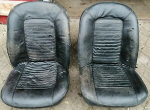 Triumph TR6,  Seats. Early Non Recliners.