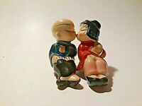 Asian Kissing Boy Girl Man Woman Salt Pepper Shakers Vintage Japan Oriental