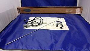 1972-1976 FORD THUNDERBIRD MANUAL RADIO ANTENNA KIT NOS # D2SZ-18813-A IN BOX