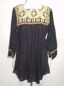 Vintage Boho Black MEXICAN Peasant BLOUSE Huipil with Ivory Hand Embroidery