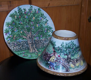 2012 Yankee Candle Easter Bunny & Tree Plate & Matching Shade