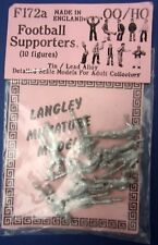 Langley Miniature Models F172a Football Supporters 10 Figures OO/HO sealed pack