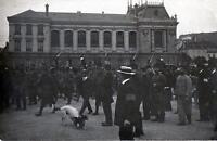 CPA 90 BELFORT CARTE PHOTO D'UN CORTEGE DE 550 PRISONNIERS QUI DEFILENT SOUS MES