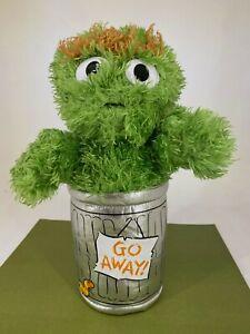 Gund - Sesame Street - Oscar the Grouch in Trash Can - Soft Toy Plush