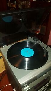 Sony PS-LX56 Servo Controlled Turntable / Stereo Record Player