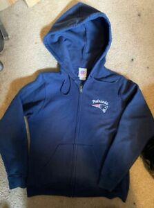 Nice used New England Patriots womens medium hoodie hooded sweatshirt zip up