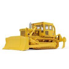 First Gear 490379 IH TD25 Dozer w/Enclosed Cab - Yellow 1/25 Diecast MB
